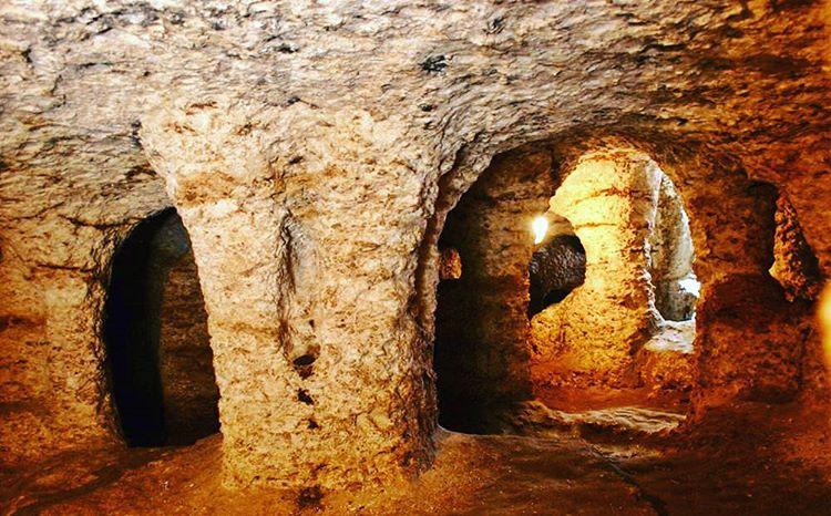 Goa-Gala-Gala-Underground-House-Nusa-Lembongan-1